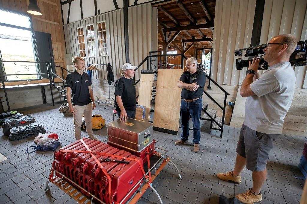 ORRATECH Inhaber Rainer Orminski mit Joey Kelly bei der Einweisung des ORRATECH 2.0 Liter